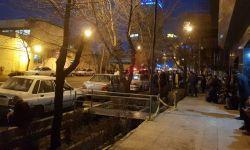 تجمع خانوادههای افراد بازداشت شده در تجمع روز جهانی زن در برابر دفتر وزرا